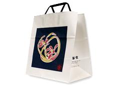 袋は、ご注文の際にお申し付けください。箱のサイズによって袋は変わります。